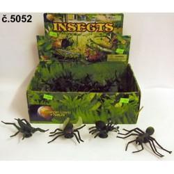 Hmyz - čtyři druhy druh:...